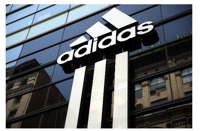Прибыль Adidas выросла в 18 раз