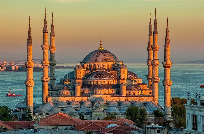 Тесты на коронавирус будет обязательным для въезда в Турцию до 15 апреля