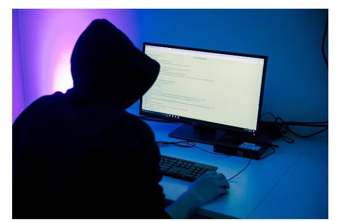 Хакеры атаковали мэрию Праги и Министерство труда Чехии