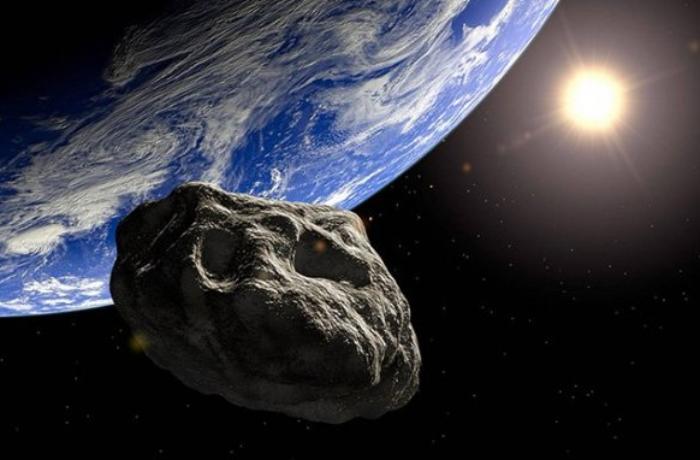 К Земле близиться Астероид