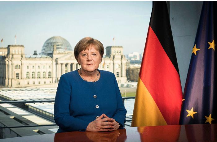 """""""Женщины должны, зарабатывать столько же, сколько и мужчины!"""" - Ангела Меркель"""