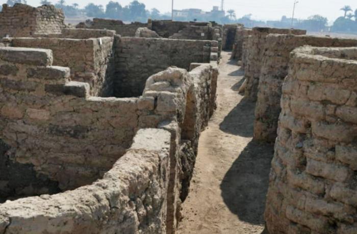 Археологам нашлась работа на ближайшие 10 лет. В Египте начались раскопки целого города