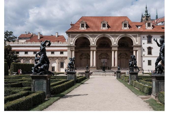 Никакой дружбы между Чехией и Россией. Сенат Чехии призвала расторгнуть отношения