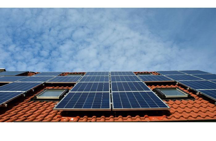 В Барселоне установлен первый в Испании тротуар солнечной энергии - Guardian