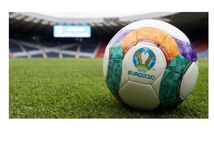 Сегодня станет известно, какая команда встретится в финале с Италией - Евро - 2020