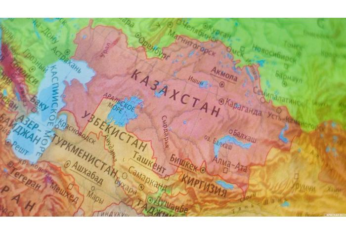 В Казахстане обсудили важность дороги Казахстан-Туркменистан-Иран