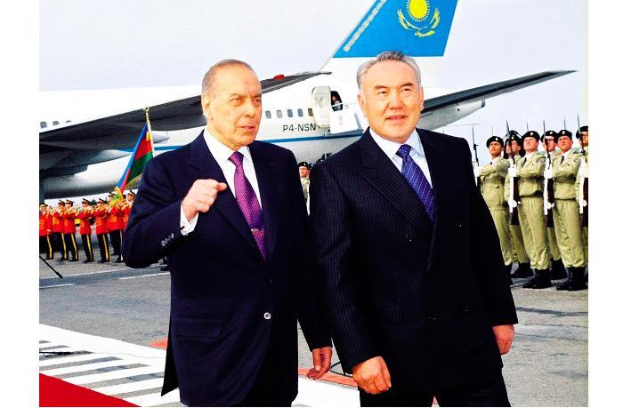 «Если бы Алиев… а не Горби» - Александр Разуваев