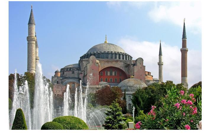 В Турции объявили, когда туристы из России смогут посещать страну