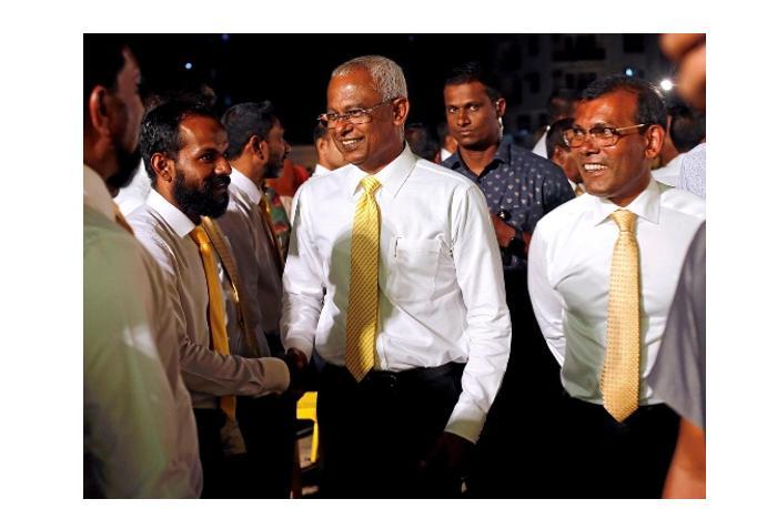 Взрыв на Мальдивах: ранен экс-президент
