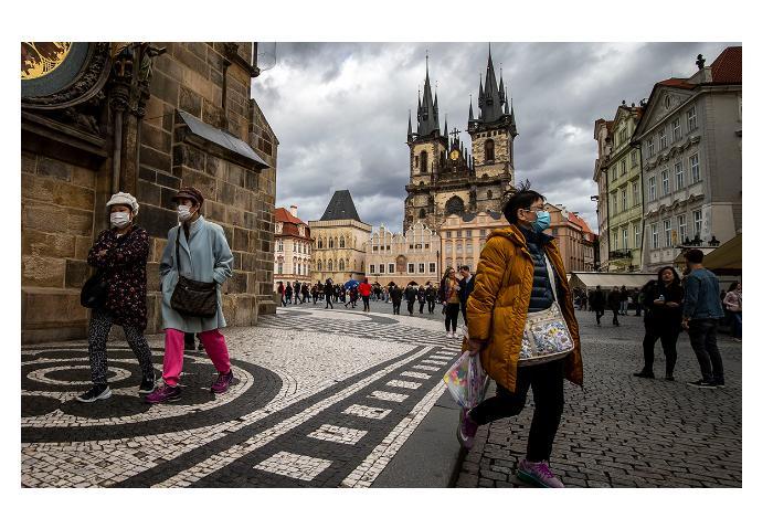 В Чехии в связи с улучшением эпидситуации с 10 мая начнутся послабления