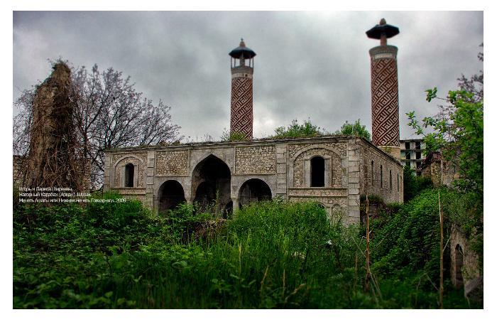 «В настоящее время принимаются серьёзные меры по восстановлению религиозных мест в Карабахе», - М. Гурбанлы