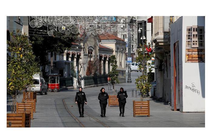 С 1 июня в Турции отменяется комендантский час