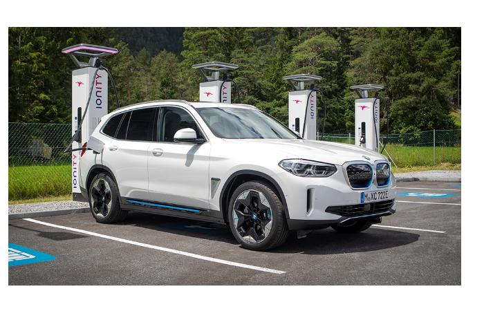 BMW собирается построить в Китае 360 тыс. станций для зарядки электромобилей