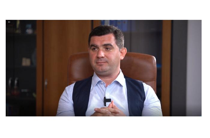 """Emin Əliyev: """"Nə üçün Ağdamda Microsoftun zavodu açılmasın?"""" - Video-Müsahibə"""