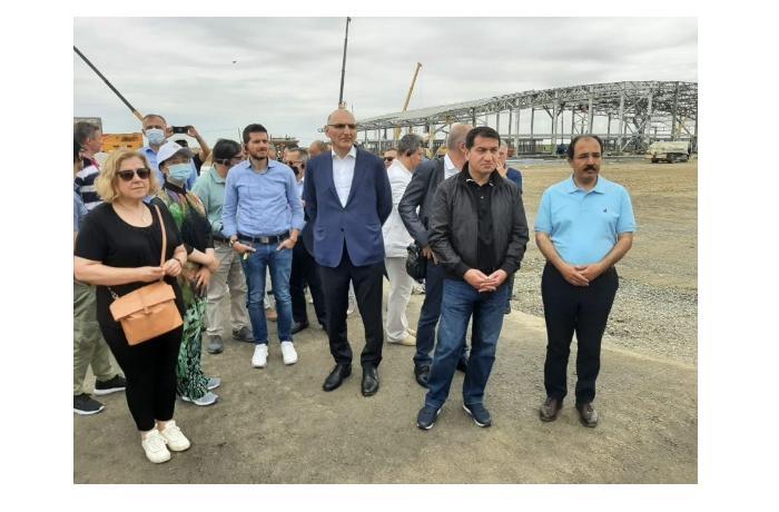 Иностранные дипломаты ознакомились со строительством аэропорта Физули